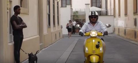 Vespa Sprint 125ie Videotest - Schick und schlank durch die Stadt